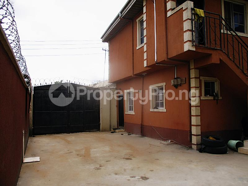 1 bedroom Mini flat for rent Iyanera Ketu. Agbara Okokomaiko Ojo Lagos - 6