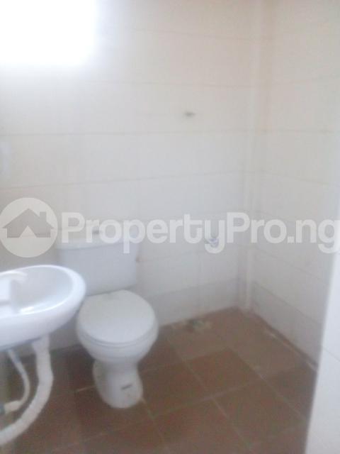 1 bedroom Mini flat for rent Owuokiri Street Alaka Estate Surulere Lagos - 7