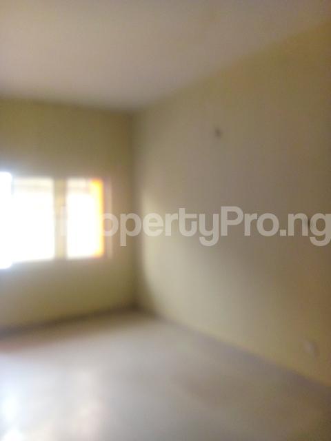 1 bedroom Mini flat for rent Owuokiri Street Alaka Estate Surulere Lagos - 3