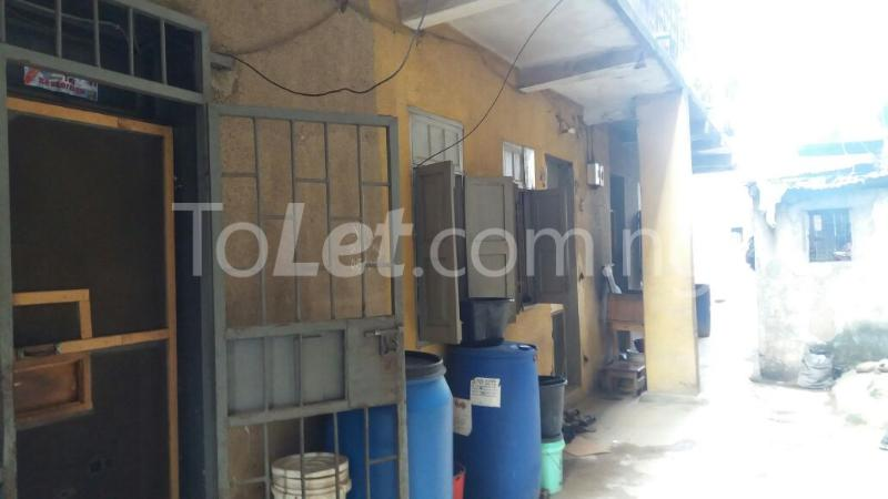 1 bedroom House for sale Aiyetoro Street Fadeyi Shomolu Lagos - 3