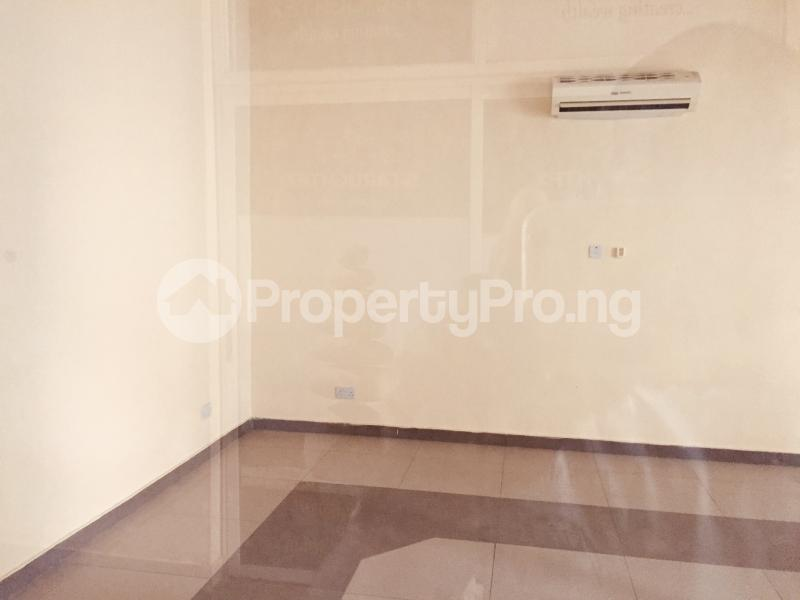 1 bedroom Office Space for rent Nnebisi Road Asaba Delta - 0