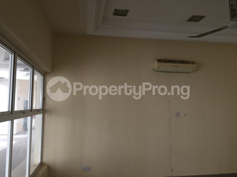 1 bedroom Office Space for rent Nnebisi Road Asaba Delta - 5
