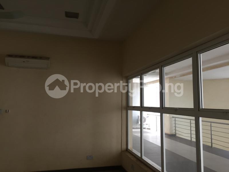 1 bedroom Office Space for rent Nnebisi Road Asaba Delta - 8