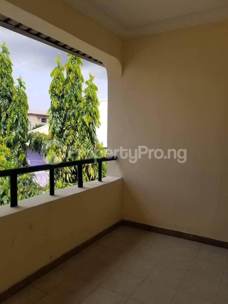 3 bedroom Flat / Apartment for rent Thomas estate Ajah Lagos - 2