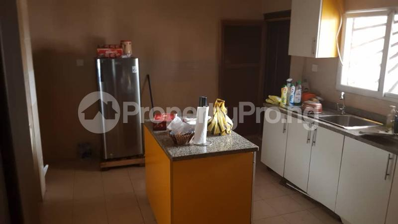 3 bedroom Flat / Apartment for sale Yaba Gra Abule-Oja Yaba Lagos - 14