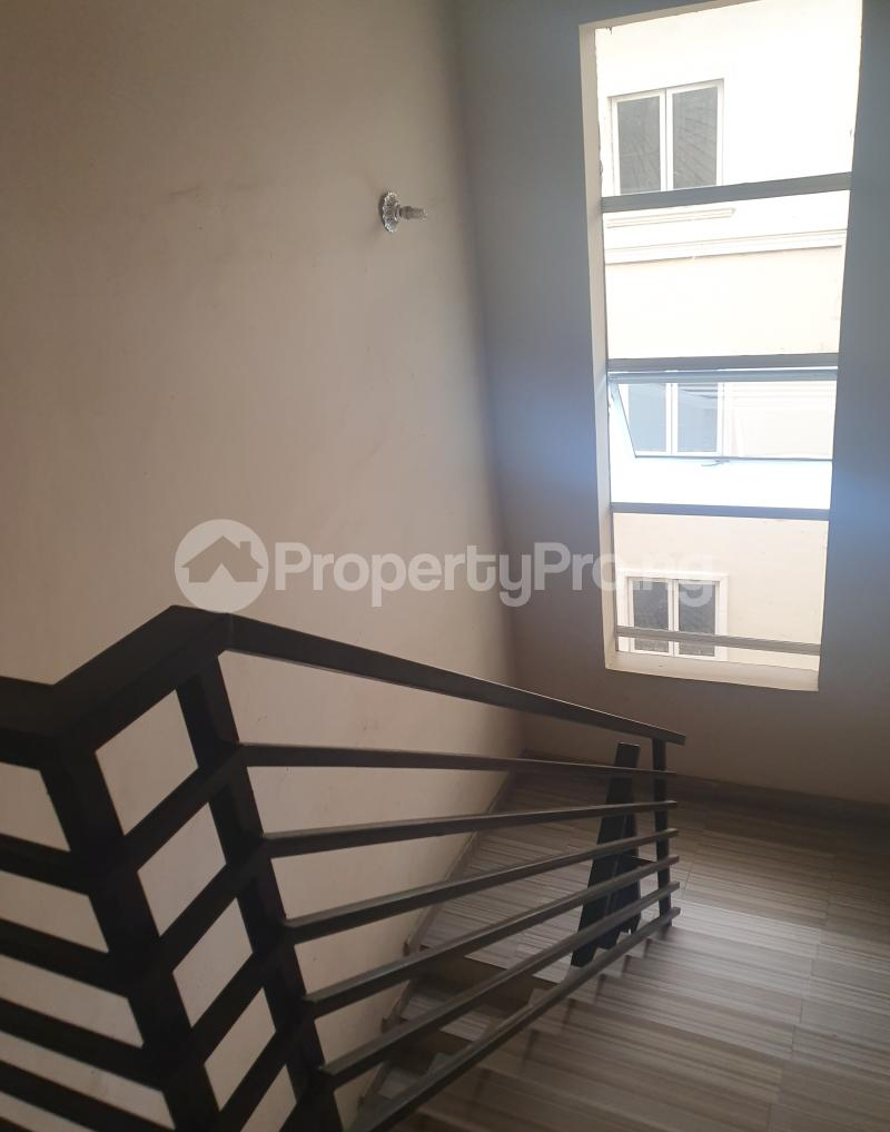 3 bedroom Flat / Apartment for sale Yaba Gra Abule-Oja Yaba Lagos - 9