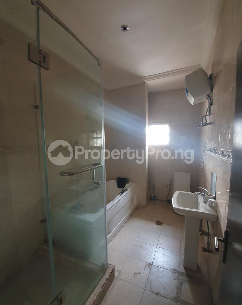 3 bedroom Flat / Apartment for sale Yaba Gra Abule-Oja Yaba Lagos - 5