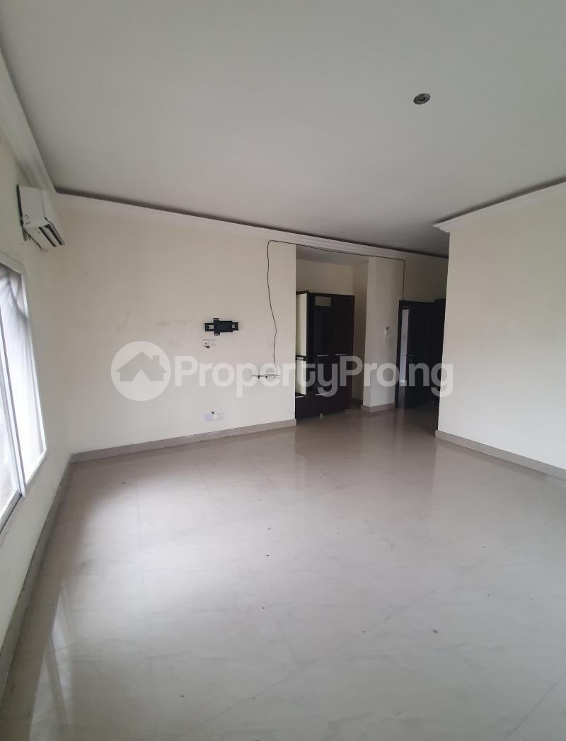 3 bedroom Flat / Apartment for sale Yaba Gra Abule-Oja Yaba Lagos - 6