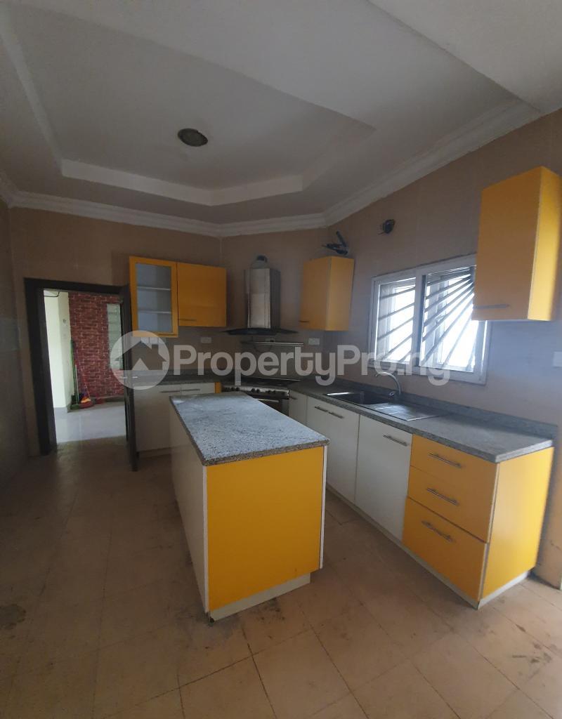 3 bedroom Flat / Apartment for sale Yaba Gra Abule-Oja Yaba Lagos - 13