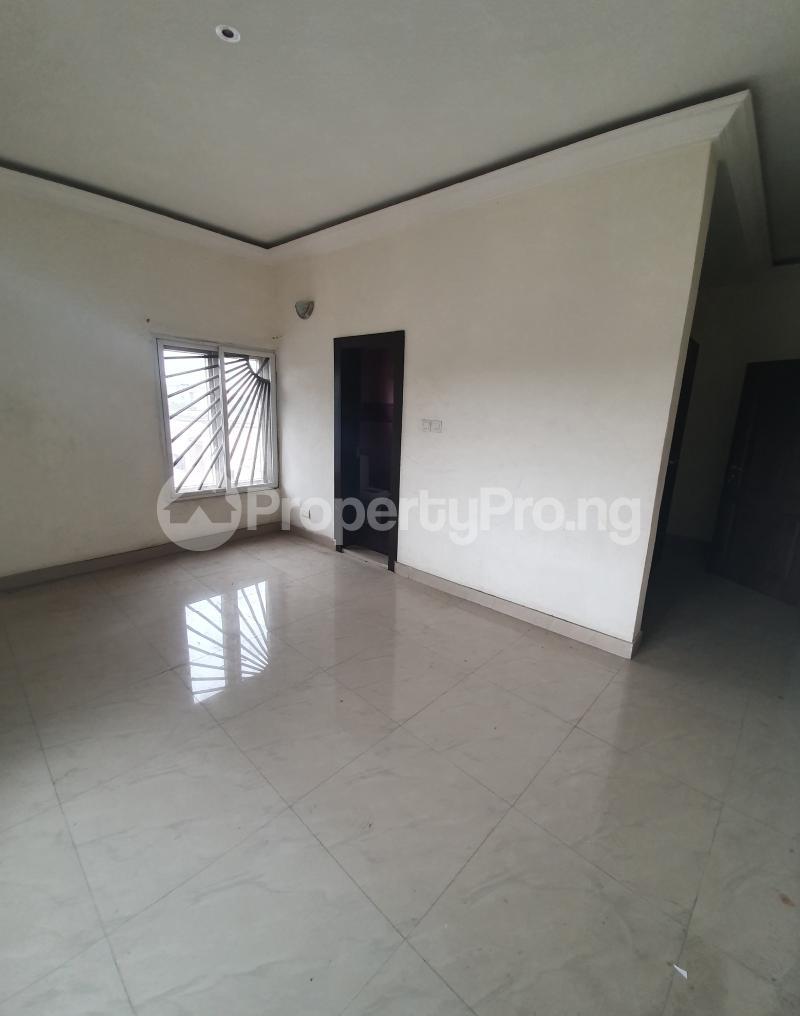 3 bedroom Flat / Apartment for sale Yaba Gra Abule-Oja Yaba Lagos - 3