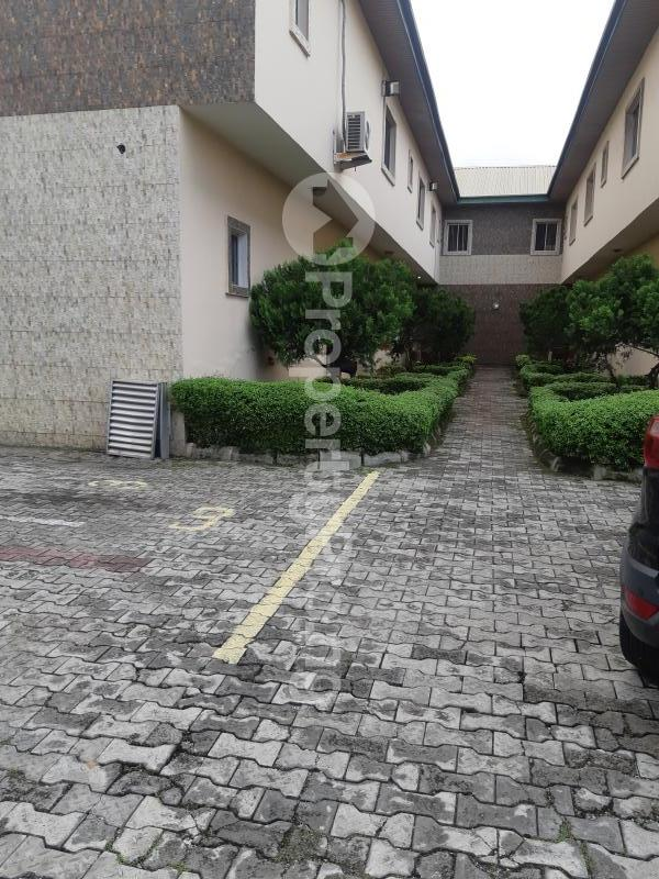 3 bedroom Terraced Duplex House for rent Off Admiralty way Lekki Phase 1 Lekki Lagos - 3