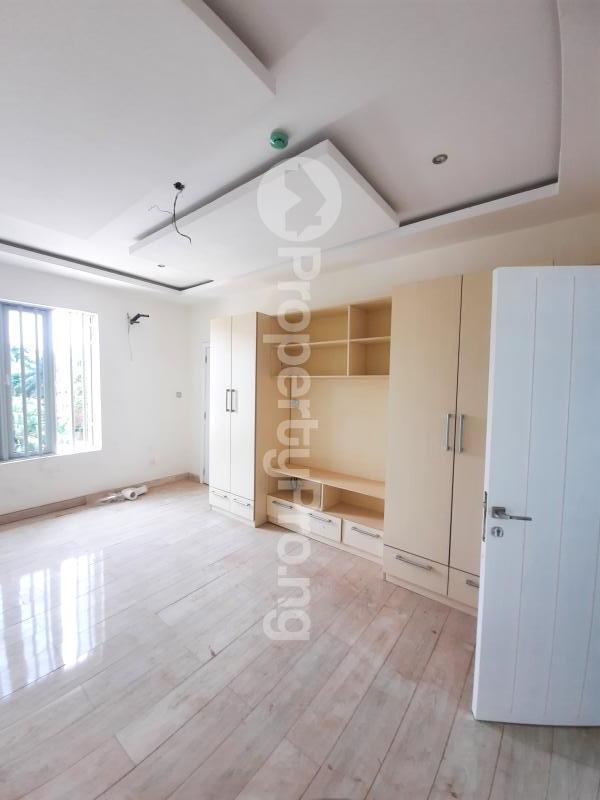 4 bedroom Terraced Duplex House for sale Vi Victoria Island Lagos - 5