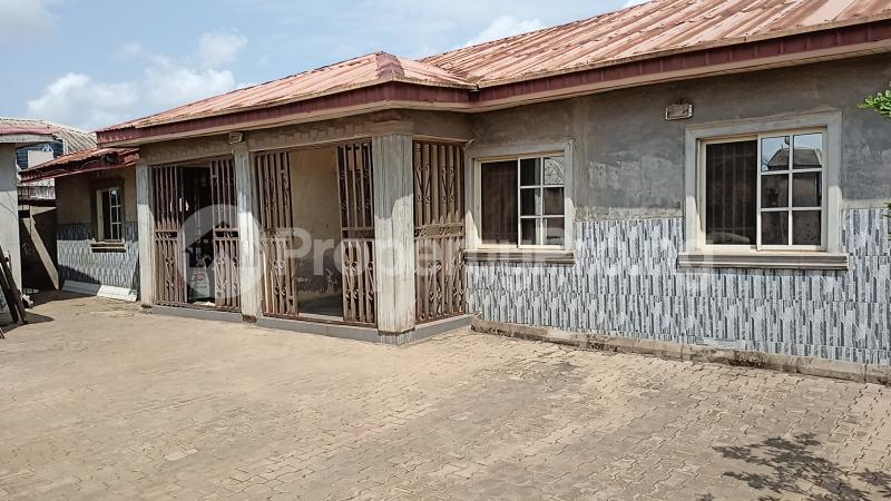 2 bedroom Self Contain for rent Lafenwa Ogun State Close To Ayobo Lagos Obasanjo Farm Ado Odo/Ota Ogun - 2