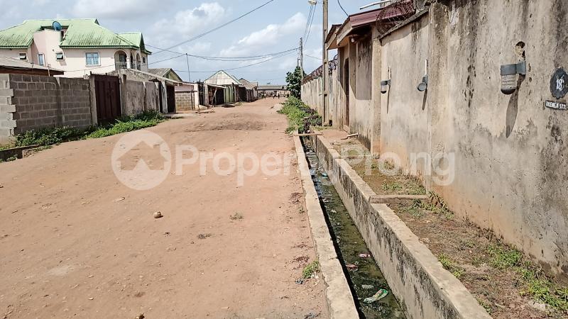 2 bedroom Self Contain for rent Lafenwa Ogun State Close To Ayobo Lagos Obasanjo Farm Ado Odo/Ota Ogun - 0