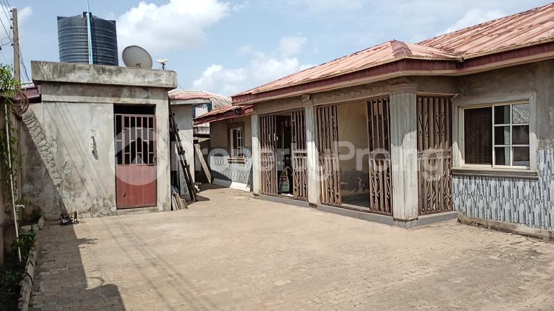 2 bedroom Self Contain for rent Lafenwa Ogun State Close To Ayobo Lagos Obasanjo Farm Ado Odo/Ota Ogun - 4
