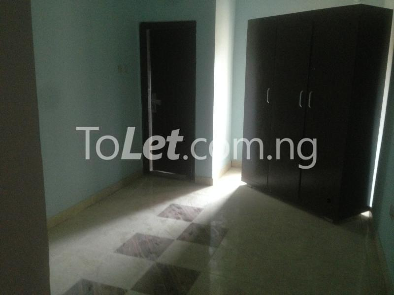 3 bedroom Flat / Apartment for rent Modupe  Fola Agoro Yaba Lagos - 6