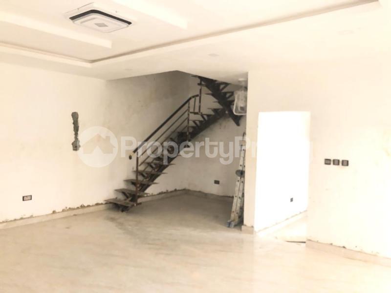 4 bedroom Semi Detached Duplex House for sale Magodo phase 2 ikeja Alausa Ikeja Lagos - 3
