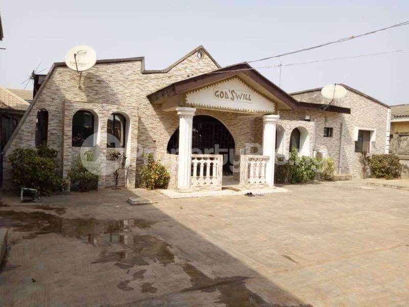 4 bedroom Detached Bungalow House for sale Ayobo ipaja  Ayobo Ipaja Lagos - 0