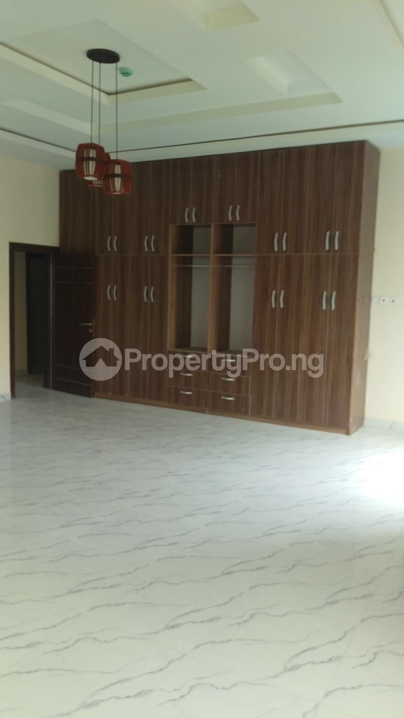 5 bedroom Detached Duplex House for sale Omole phase 1 Omole phase 1 Ojodu Lagos - 3