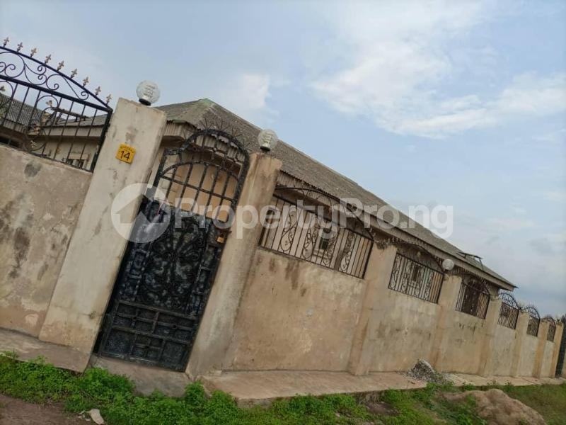 7 bedroom House for sale Ajowa, Abekoko Ifo Ifo Ogun - 0