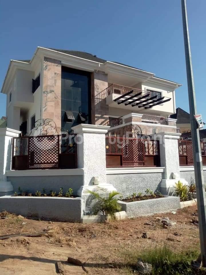 8 bedroom Massionette House for sale Guzape district Guzape Abuja - 0