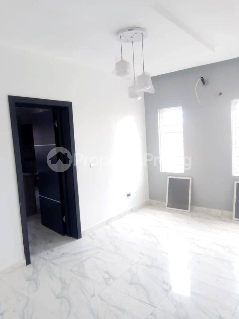 4 bedroom Massionette House for sale In an estate in opebi Opebi Ikeja Lagos - 15