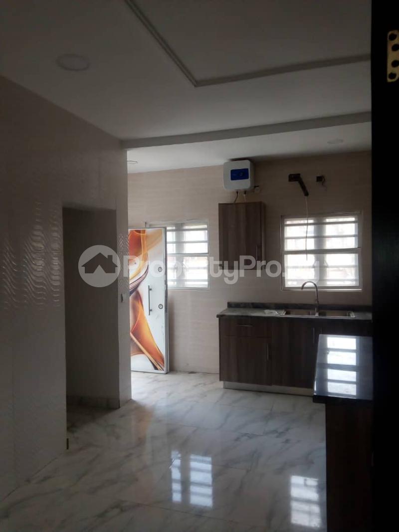 4 bedroom Massionette House for sale In an estate in opebi Opebi Ikeja Lagos - 14