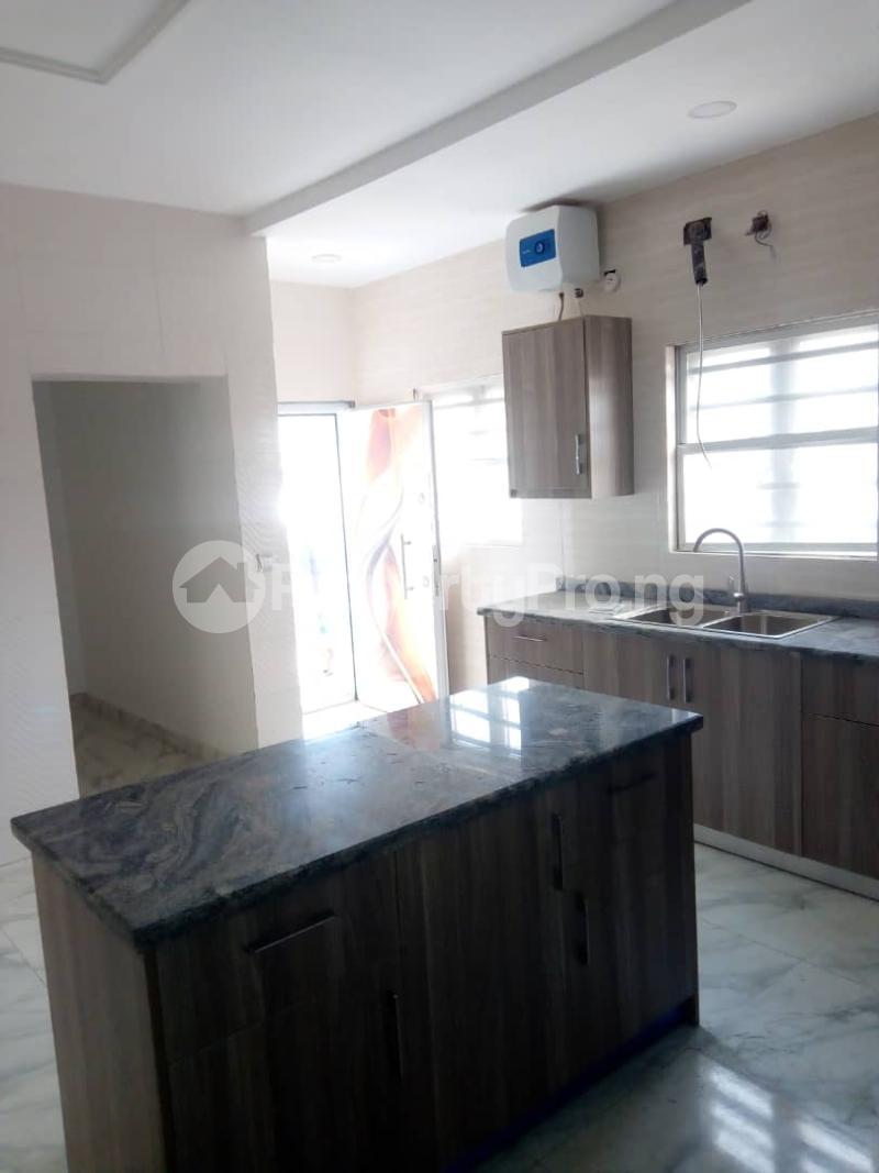 4 bedroom Massionette House for sale In an estate in opebi Opebi Ikeja Lagos - 10