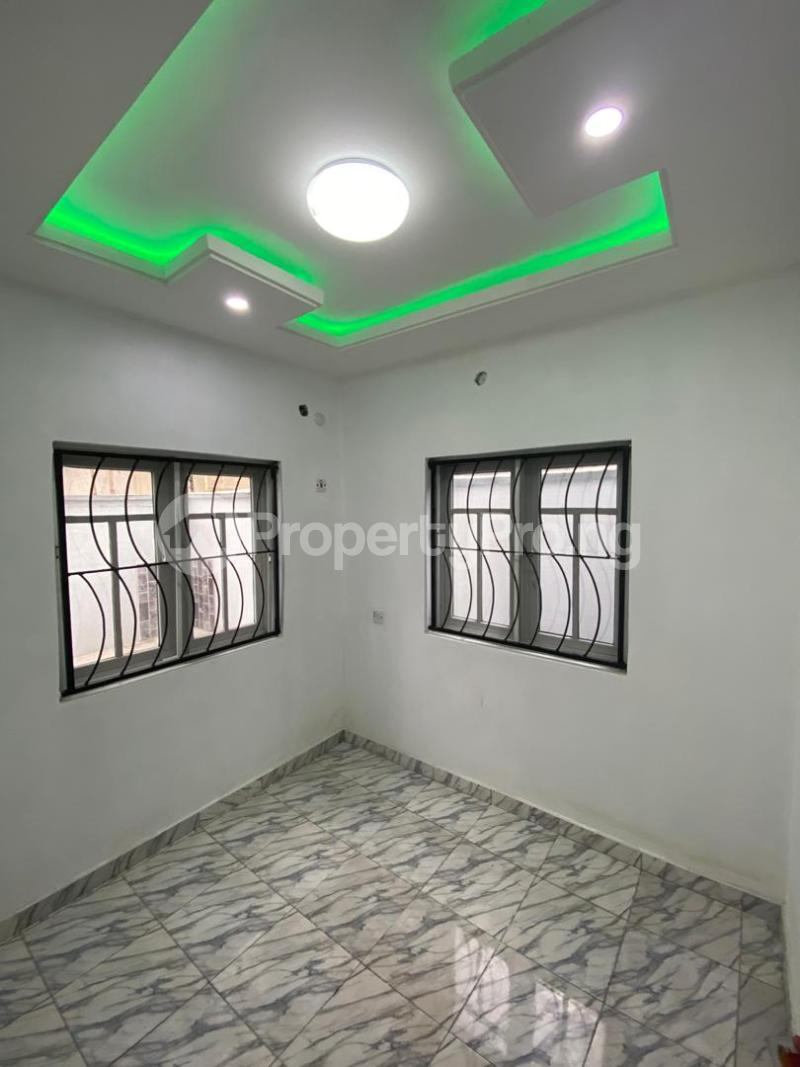 4 bedroom Flat / Apartment for sale Jakande Estate  Osolo way Isolo Lagos - 13
