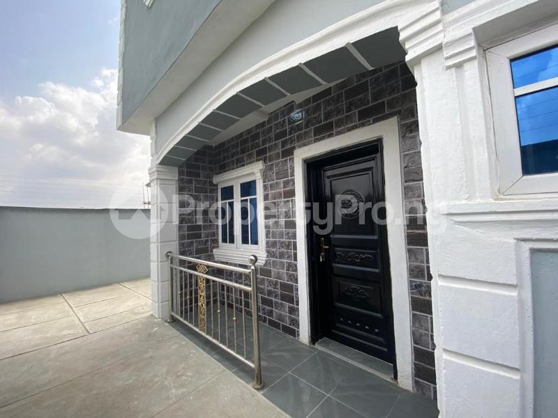 4 bedroom Flat / Apartment for sale Jakande Estate  Osolo way Isolo Lagos - 6