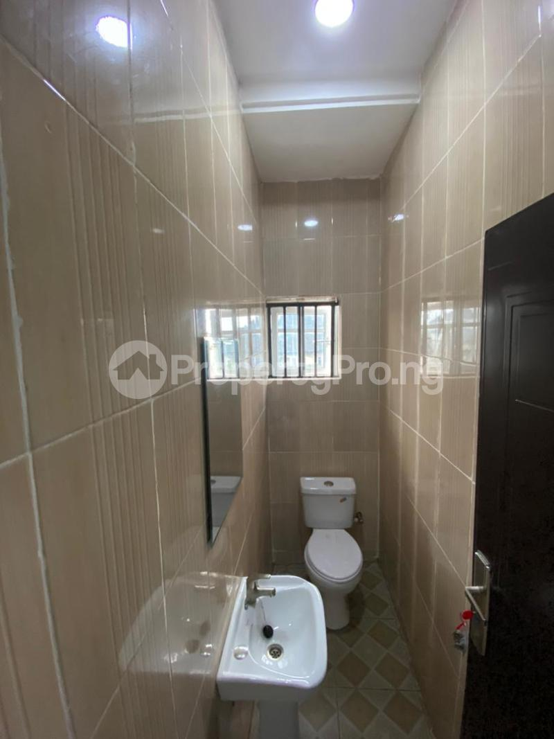 4 bedroom Flat / Apartment for sale Jakande Estate  Osolo way Isolo Lagos - 2