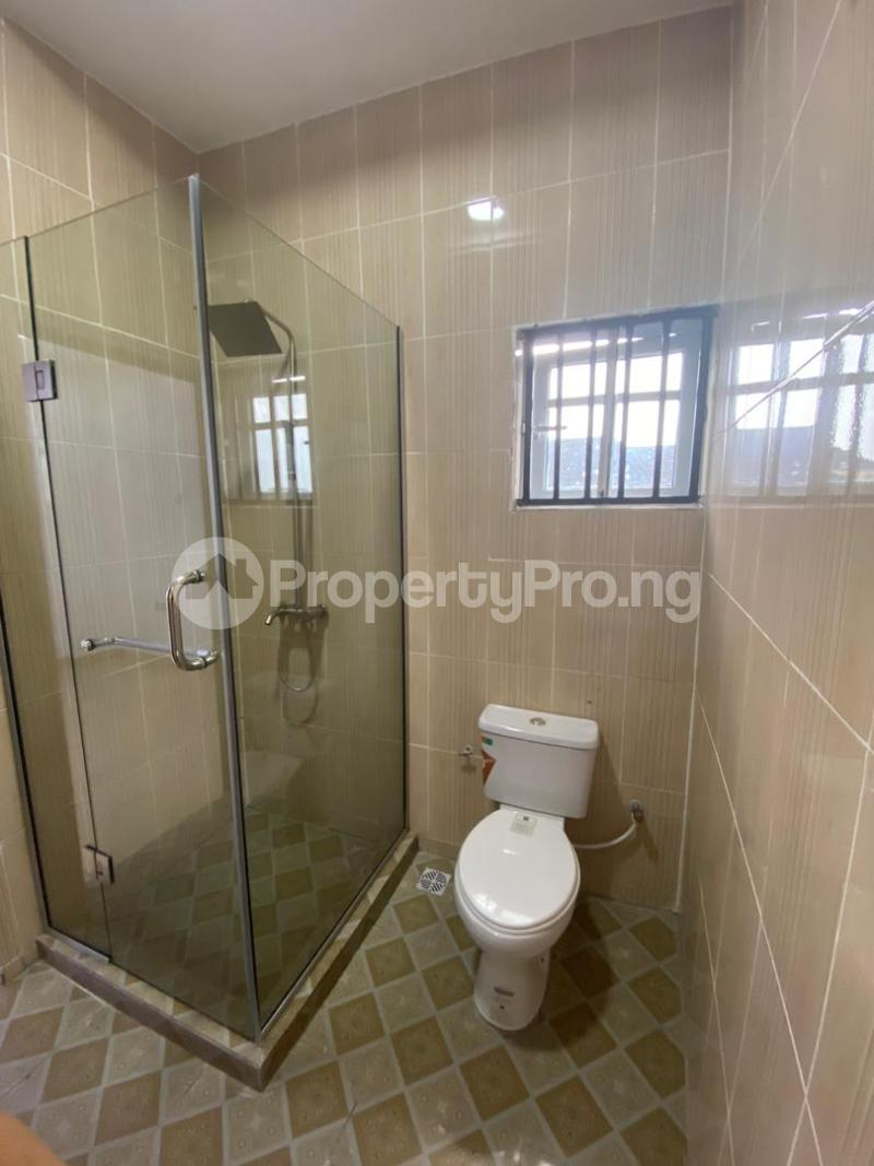 4 bedroom Flat / Apartment for sale Jakande Estate  Osolo way Isolo Lagos - 7