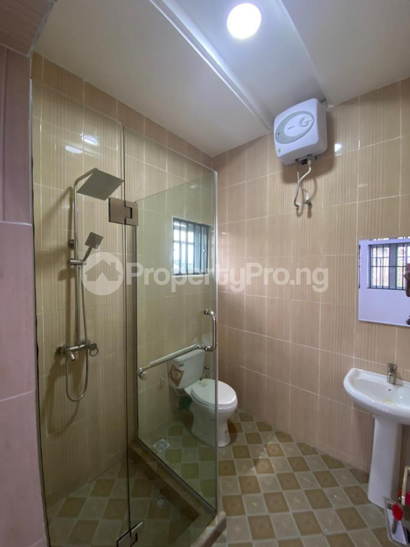 4 bedroom Flat / Apartment for sale Jakande Estate  Osolo way Isolo Lagos - 15