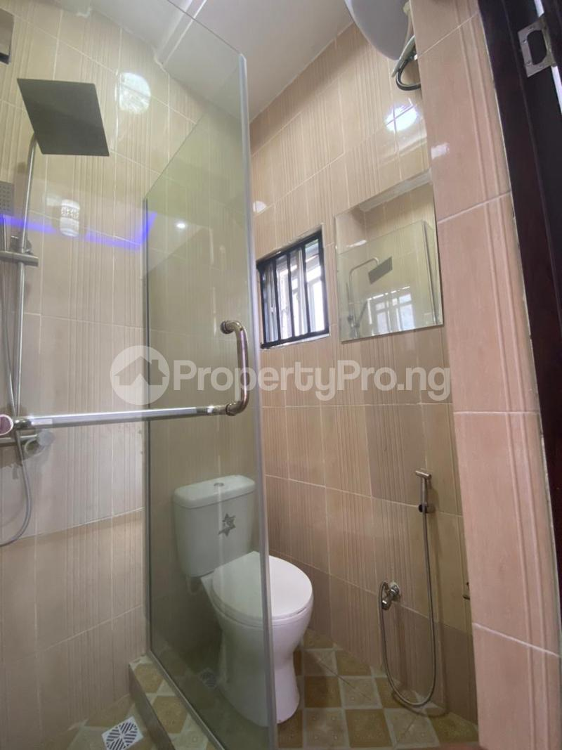 4 bedroom Flat / Apartment for sale Jakande Estate  Osolo way Isolo Lagos - 22