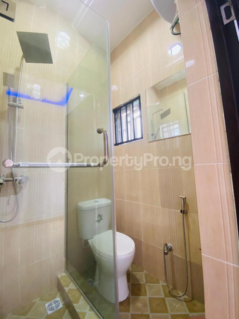 4 bedroom Flat / Apartment for sale Jakande Estate  Osolo way Isolo Lagos - 20