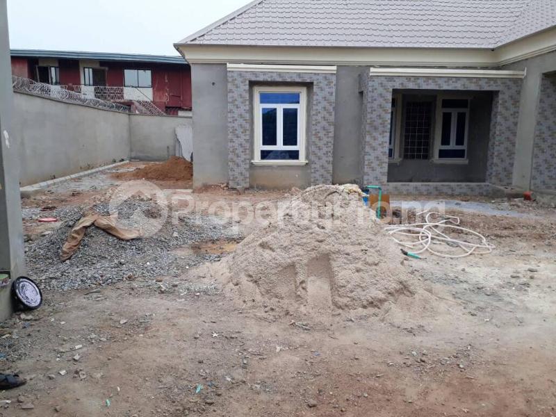 5 bedroom House for sale  alabameta area very close to main tiled road behinde katados filling-stations off osogbo Ikirun road, Olorunda L. G Osogbo osun state.  Olorunda Osun - 20