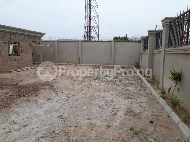 5 bedroom House for sale  alabameta area very close to main tiled road behinde katados filling-stations off osogbo Ikirun road, Olorunda L. G Osogbo osun state.  Olorunda Osun - 27