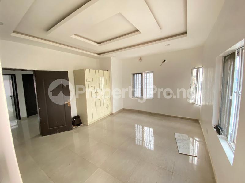 4 bedroom Semi Detached Duplex House for sale Thomas estate Ajah Lagos - 9