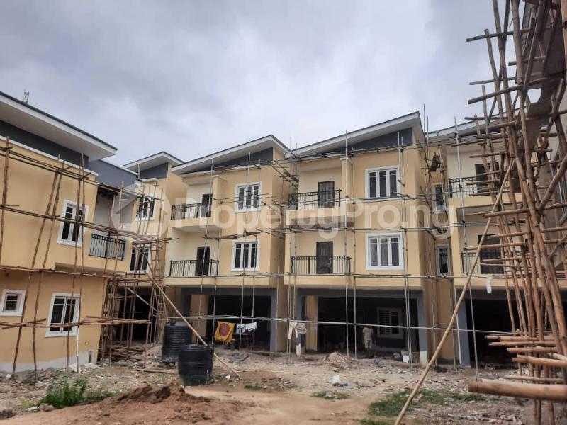 5 bedroom Terraced Duplex for sale Ilupeju Estate Ilupeju Lagos - 0