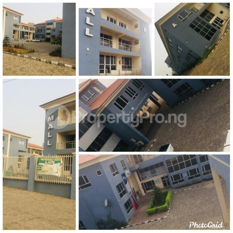 8 bedroom Shop in a Mall for rent Leme Road By Nnpc Kuto Abeokuta Ogun - 3