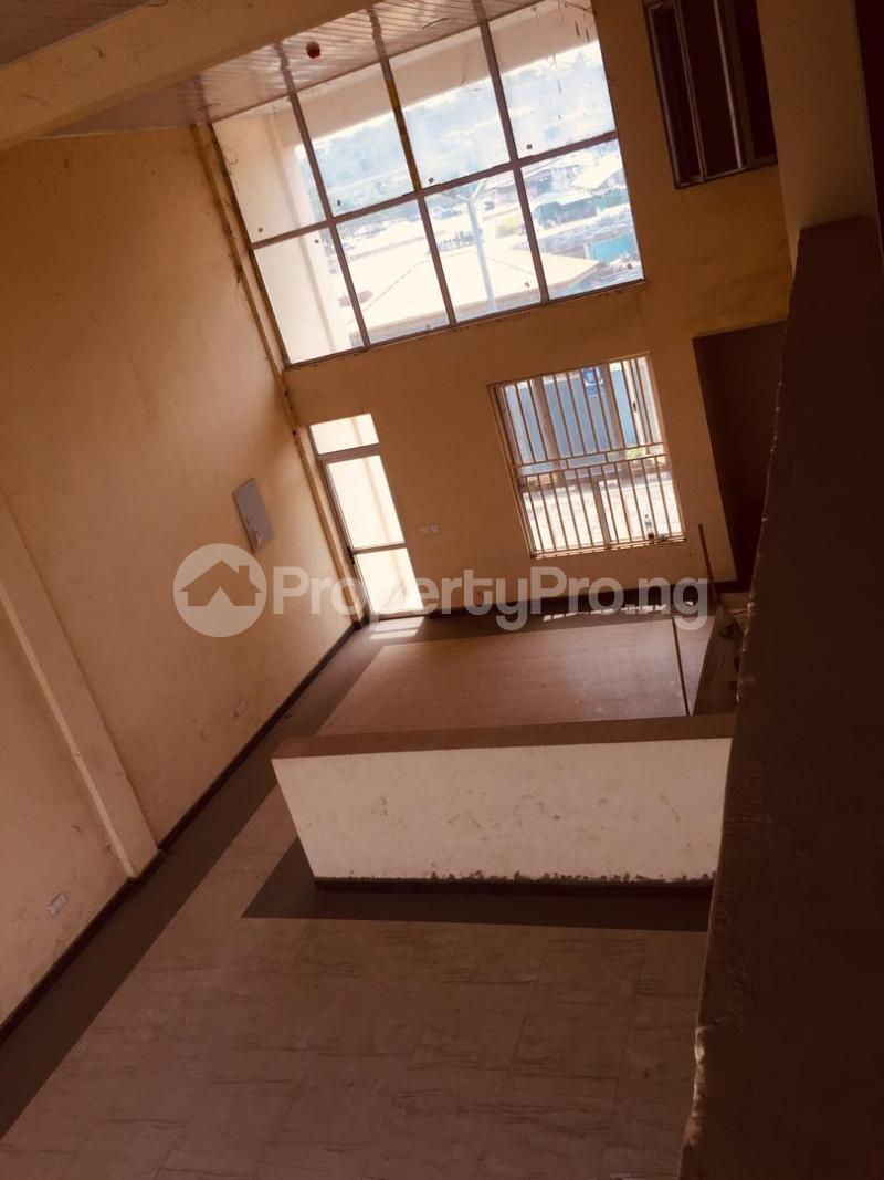 8 bedroom Shop in a Mall for rent Leme Road By Nnpc Kuto Abeokuta Ogun - 5