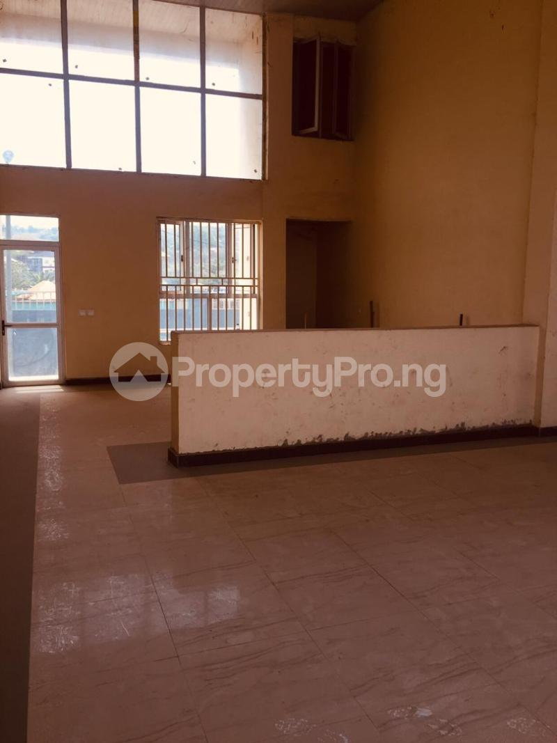 8 bedroom Shop in a Mall for rent Leme Road By Nnpc Kuto Abeokuta Ogun - 0