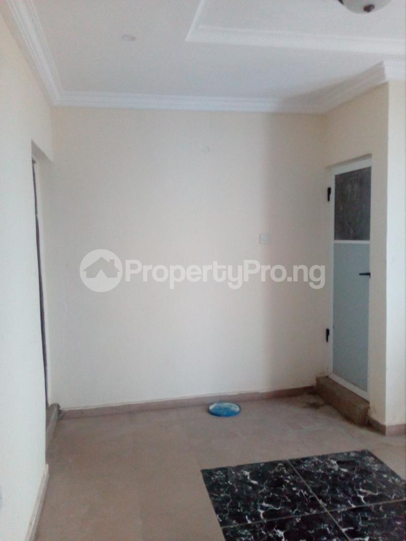 1 bedroom mini flat  Mini flat Flat / Apartment for rent Off lawanson  Lawanson Surulere Lagos - 3