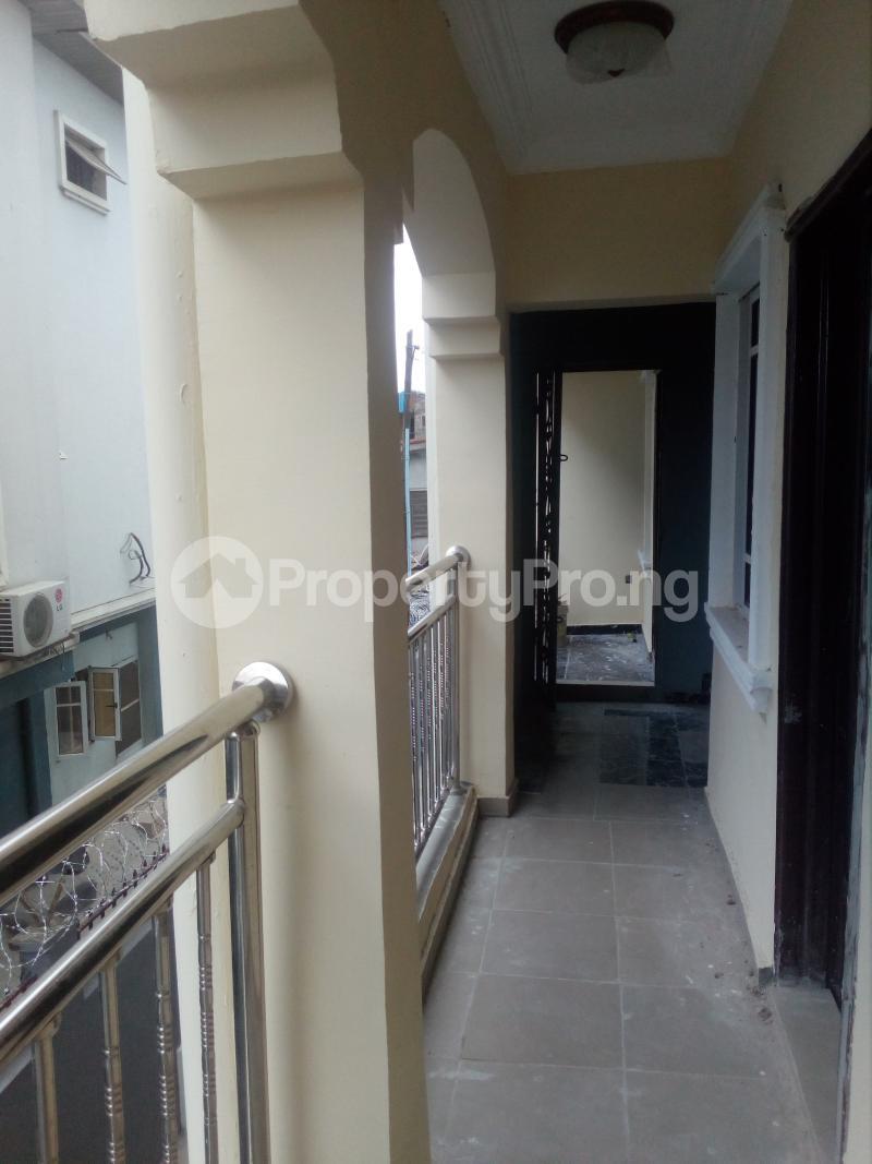 1 bedroom mini flat  Mini flat Flat / Apartment for rent Off lawanson  Lawanson Surulere Lagos - 5