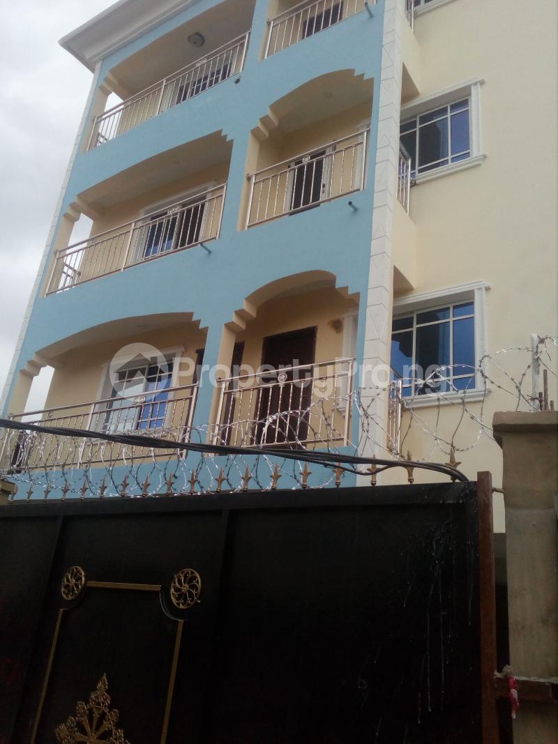 1 bedroom mini flat  Mini flat Flat / Apartment for rent Off lawanson  Lawanson Surulere Lagos - 1