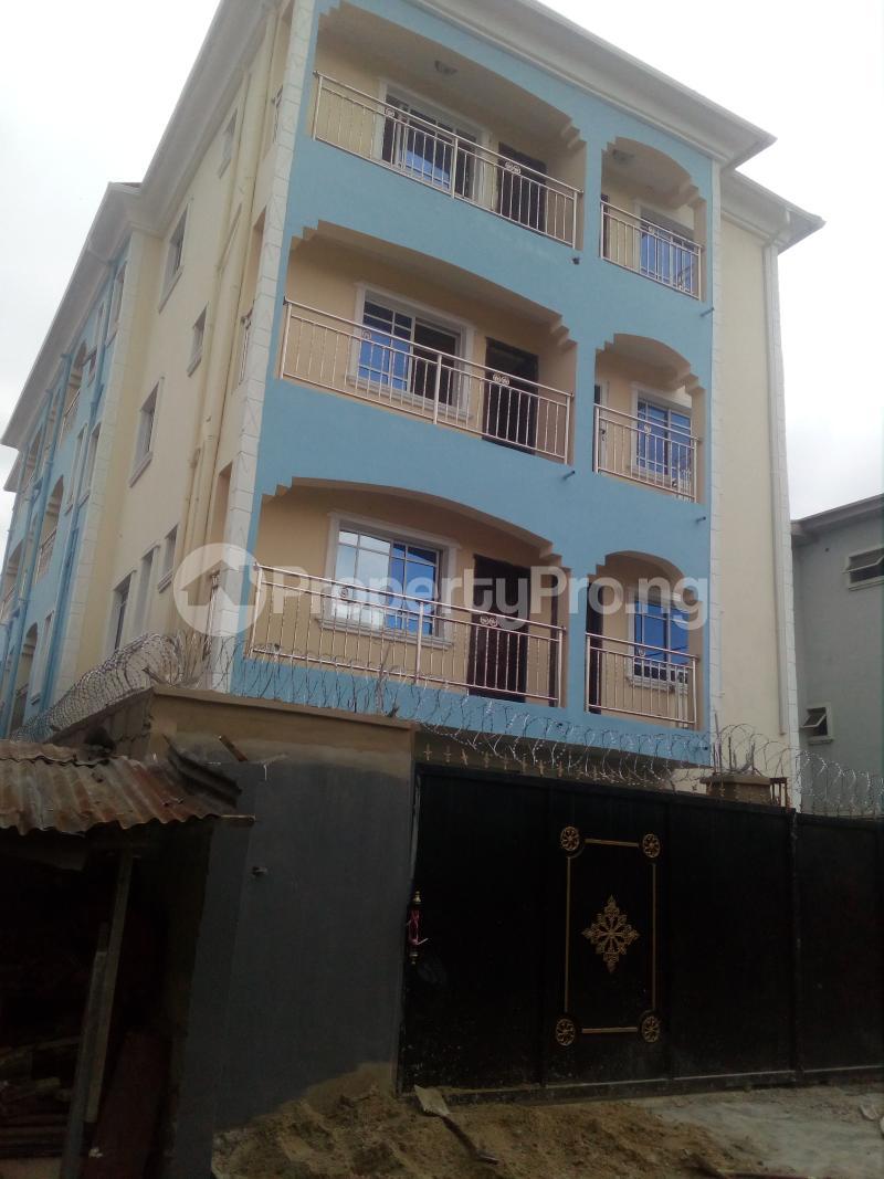 1 bedroom mini flat  Mini flat Flat / Apartment for rent Off lawanson  Lawanson Surulere Lagos - 0