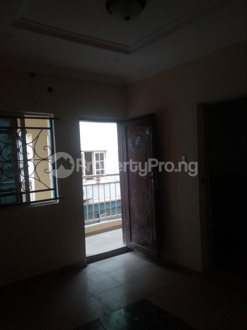 1 bedroom mini flat  Mini flat Flat / Apartment for rent Off lawanson  Lawanson Surulere Lagos - 8