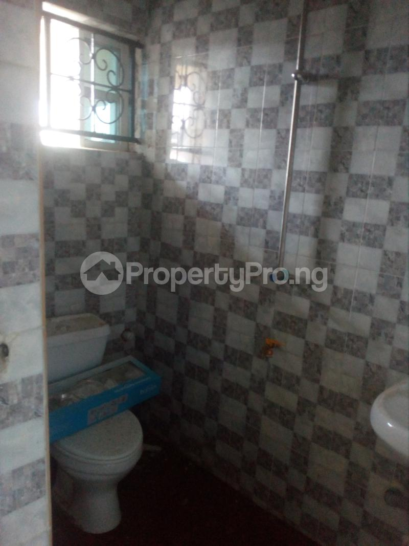 1 bedroom mini flat  Mini flat Flat / Apartment for rent Off lawanson  Lawanson Surulere Lagos - 9