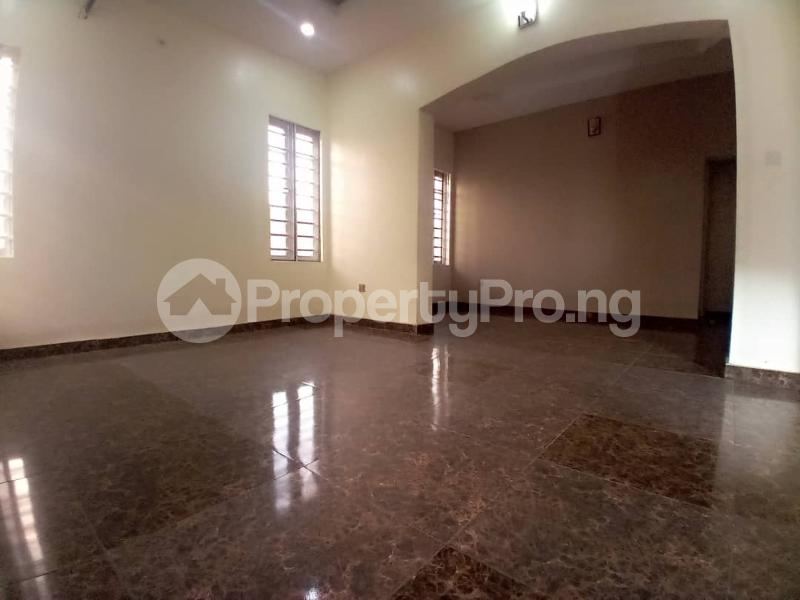 4 bedroom Terraced Duplex House for sale Mobil estate road,lekki scheme 2. Lekki Phase 2 Lekki Lagos - 6