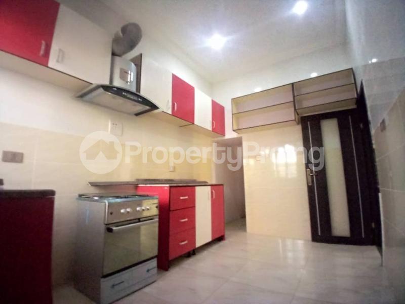 4 bedroom Terraced Duplex House for sale Mobil estate road,lekki scheme 2. Lekki Phase 2 Lekki Lagos - 11